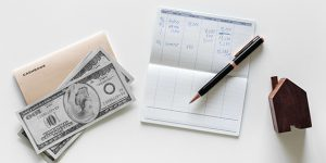 11. Сделки с имоти и движими вещи